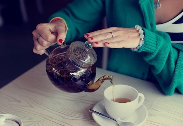 Медики назвали самые опасные свойства чая