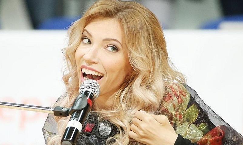 Певица Юлия Самойлова намерена эмигрировать из России