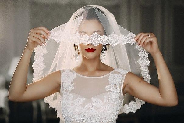 ВКанаде девушка вышла замуж засаму себя