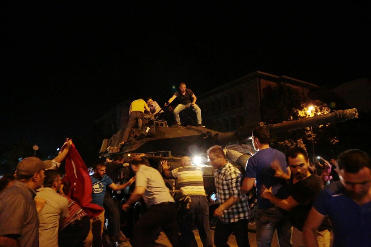 Власти Турции озвучили чудовищно жестокий метод наказания мятежников