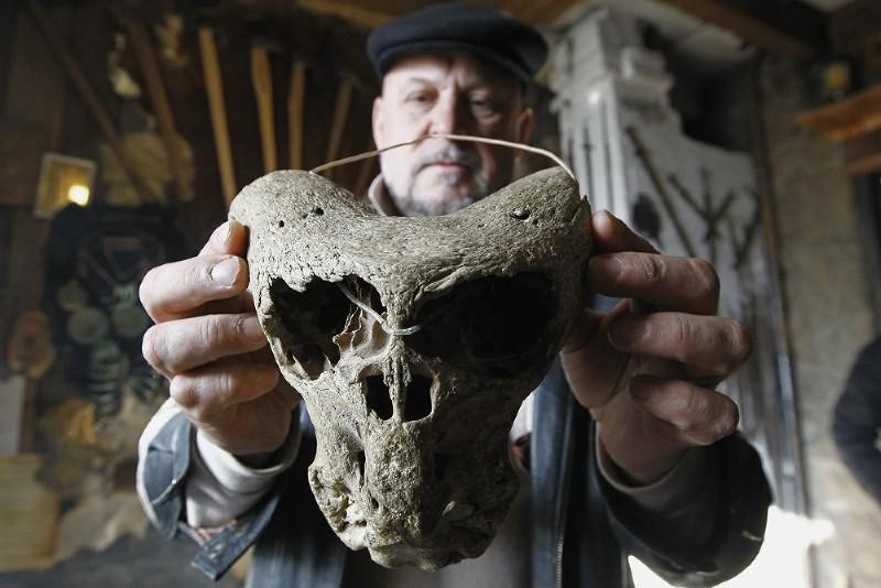 Ученые нашли загадочные черепа