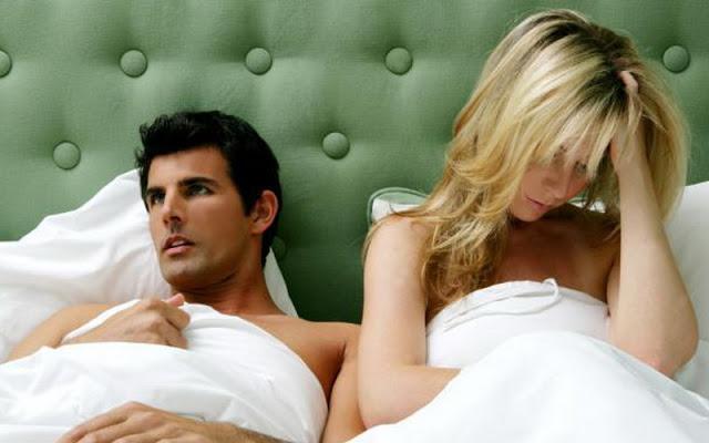 Предметами крупно секс в постели настоящие