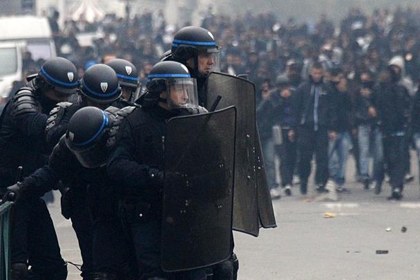 В СБУ заявили, что протесты во Франции организованы Россией