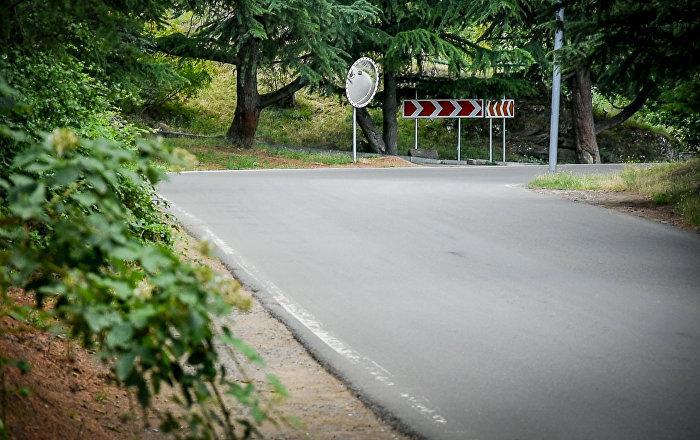 Загадочная аномальная зона на дороге в пригороде Тбилиси привлекает инопланетян