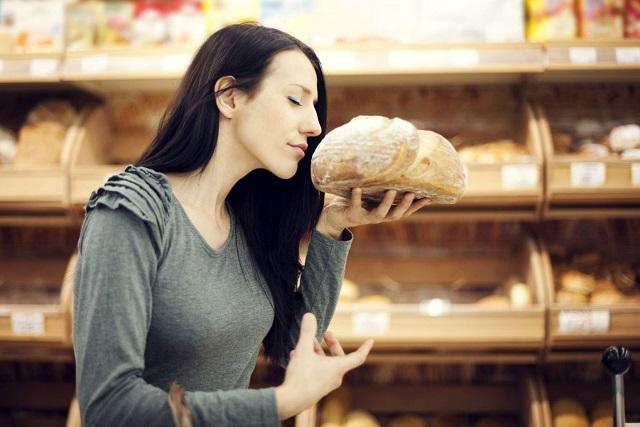 Какие запахи в продуктовом магазине должны вызвать у вас подозрение