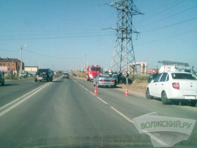 Дорожная авария в Волжском