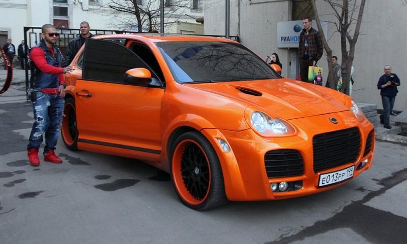 На чем ездят российские звезды: подборка эксклюзивных автомобилей