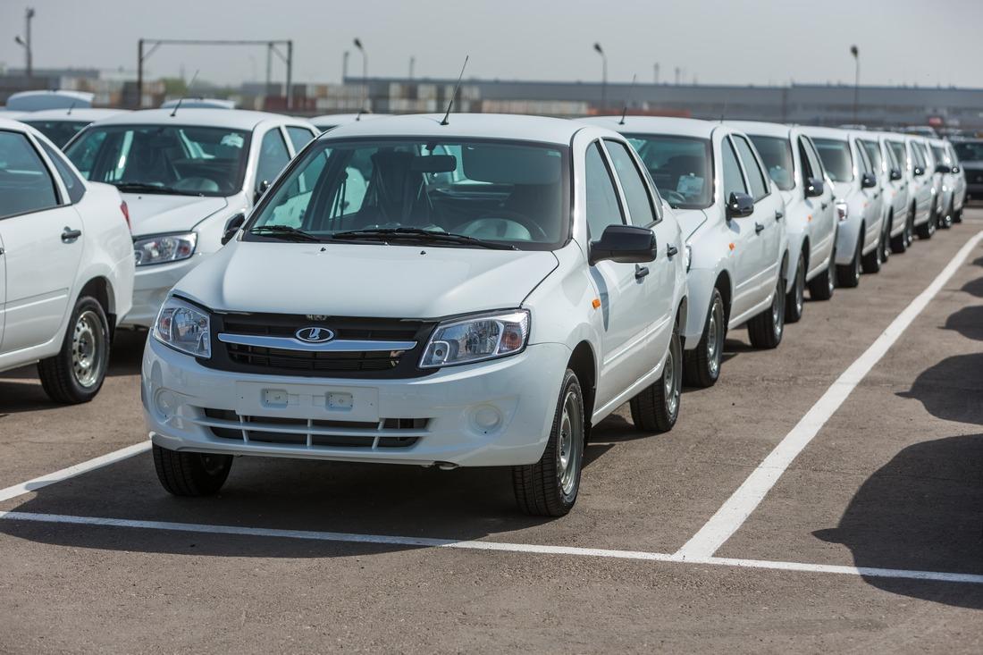 Самые популярные марки автомобилей в России назвали эксперты