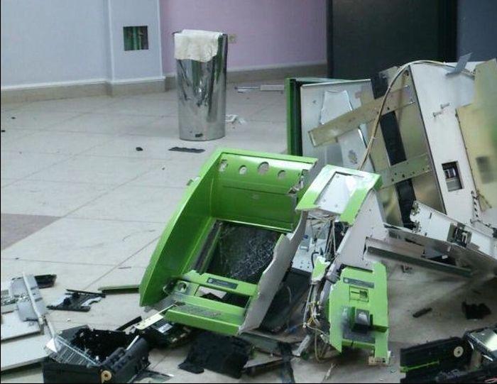 ВАстраханской области вбанке произошел взрыв