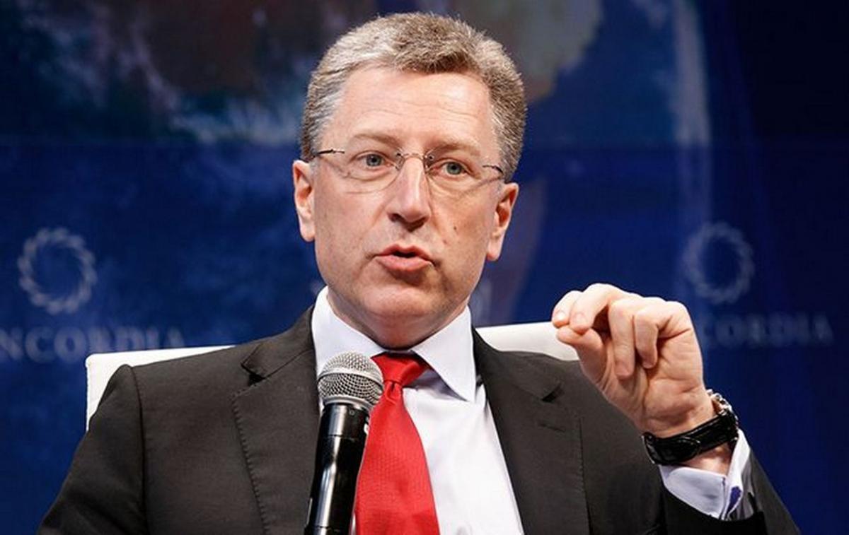 Если Россия даст добро: Волкер сделал заявление по миротворцам в Донбассе