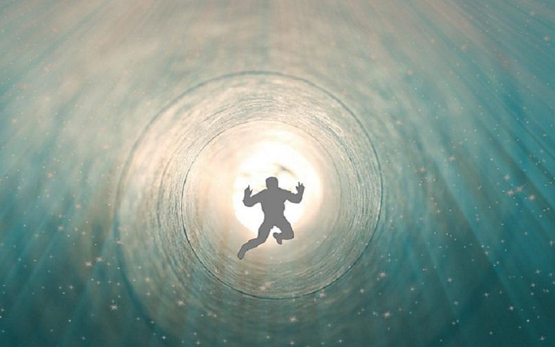 Жизнь после смерти есть: ученые заявили о возможном существовании рая и ада