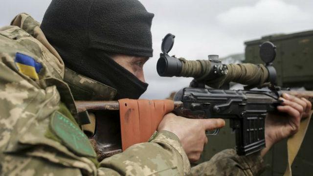 Украинские снайперы обстреляли дома мирных жителей – народная милиция ЛНР