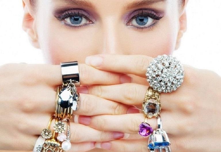 Украшения из золота и серебра, которые станут талисманами любви, удачи и богатства