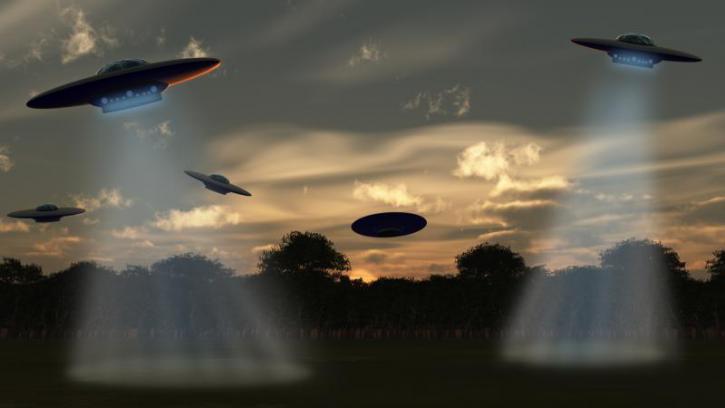 «Кто-то наблюдает за землянами», – уфолог объяснил появление инопланетян в Ростове