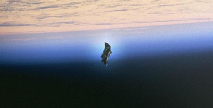 Легендарный «Черный рыцарь», защищающий Землю от инопланетного вторжения, попал в объектив камеры МКС