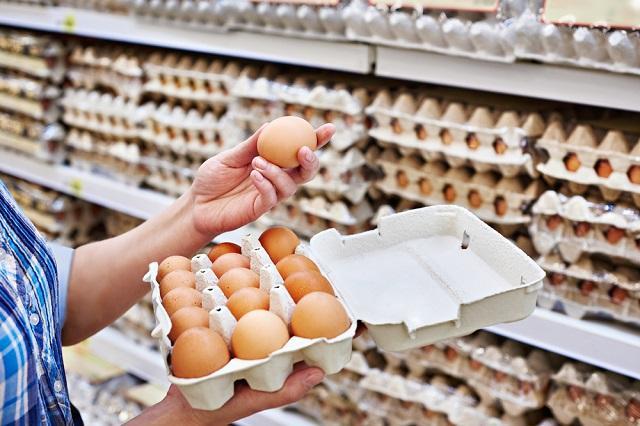 Роскачество обнародовало рекомендации по выбору яиц