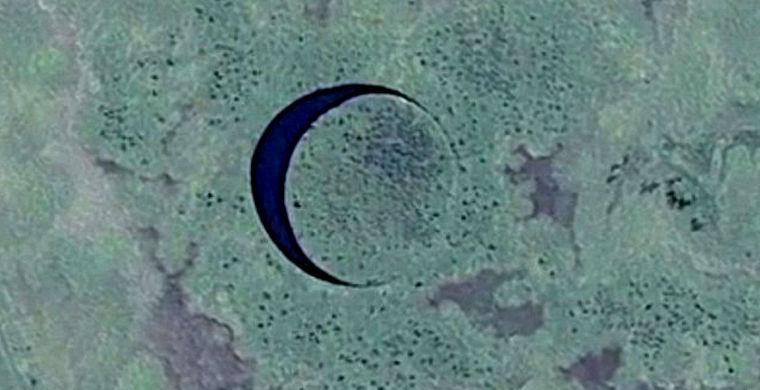 Под мистическим плавающим островом прячется вход в базу НЛО