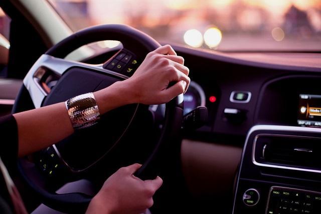 3 причины, чтобы приобрести оплетку на руль, озвучили эксперты
