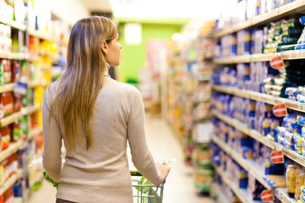 Американские ученые заявили, что пищевая добавка, которая входит в состав многих продуктов питания и сейчас очень популярна у производителей, негативно влияет на иммунитет человека.
