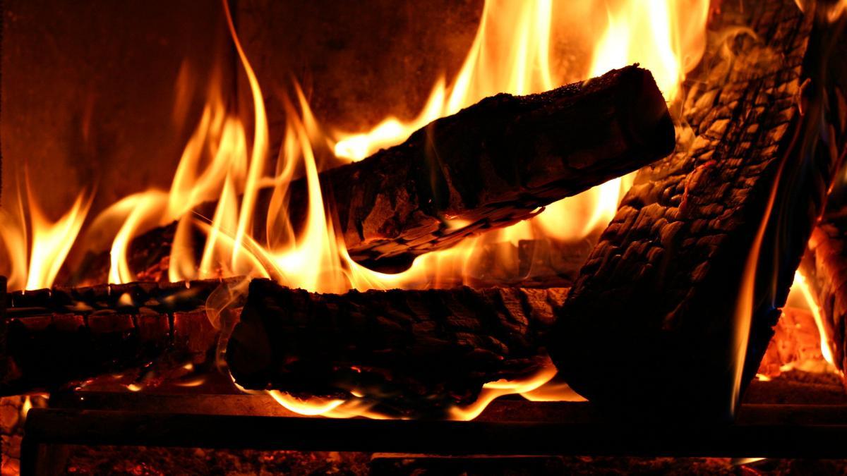 костер - источник химического запаха в Ливенцовке