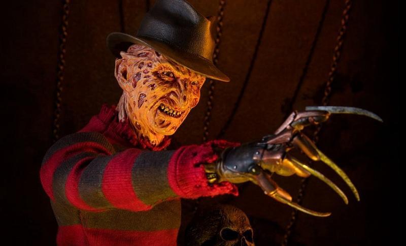Пользователи сети рассказали о самых страшных фильмах ужасов, которые ломают психику