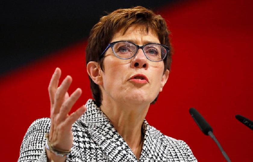 Новый лидер ХДС пересмотрит миграционную политику Меркель