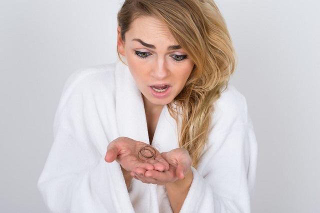 Выпадение волос: врачи нашли причину и решение