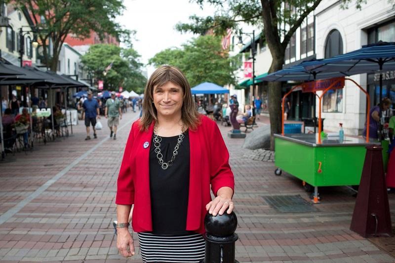В США на пост губернатора претендует трансгендер