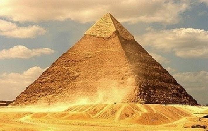 В 4500-летней египетской пирамиде Хуфу нашли две таинственные камеры