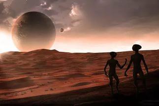 Curiosity прислал фото марсианских скал и НЛО