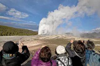 Йеллоустоуну конец: НАСА «играет с огнем», убивая смертельный вулкан