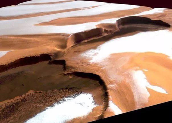 Ученые: раз вгод наМарсе можно увидеть снег