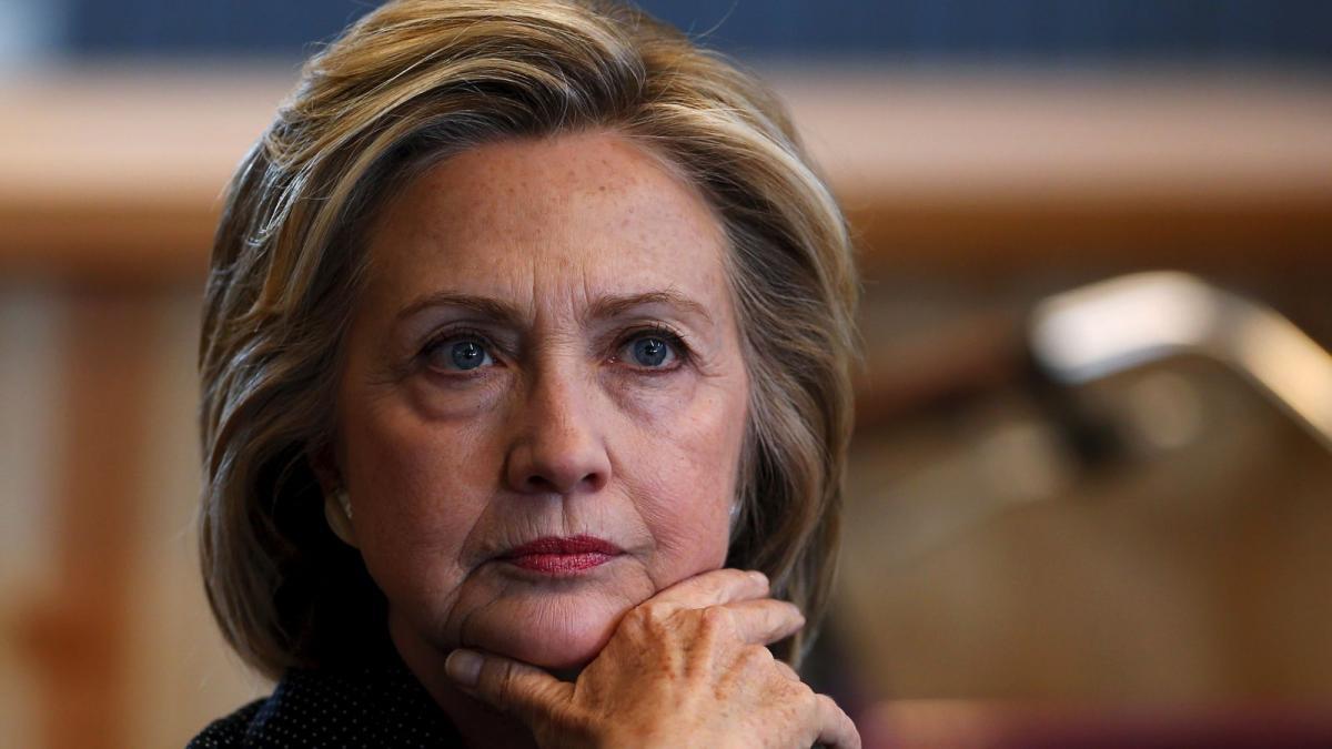 Хилари Клинтон выгнала издома внебрачного сына мужа