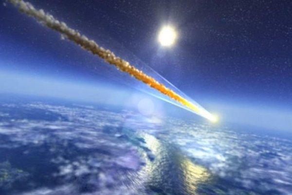 Камера МКС зафиксировала входящий в атмосферу Земли НЛО