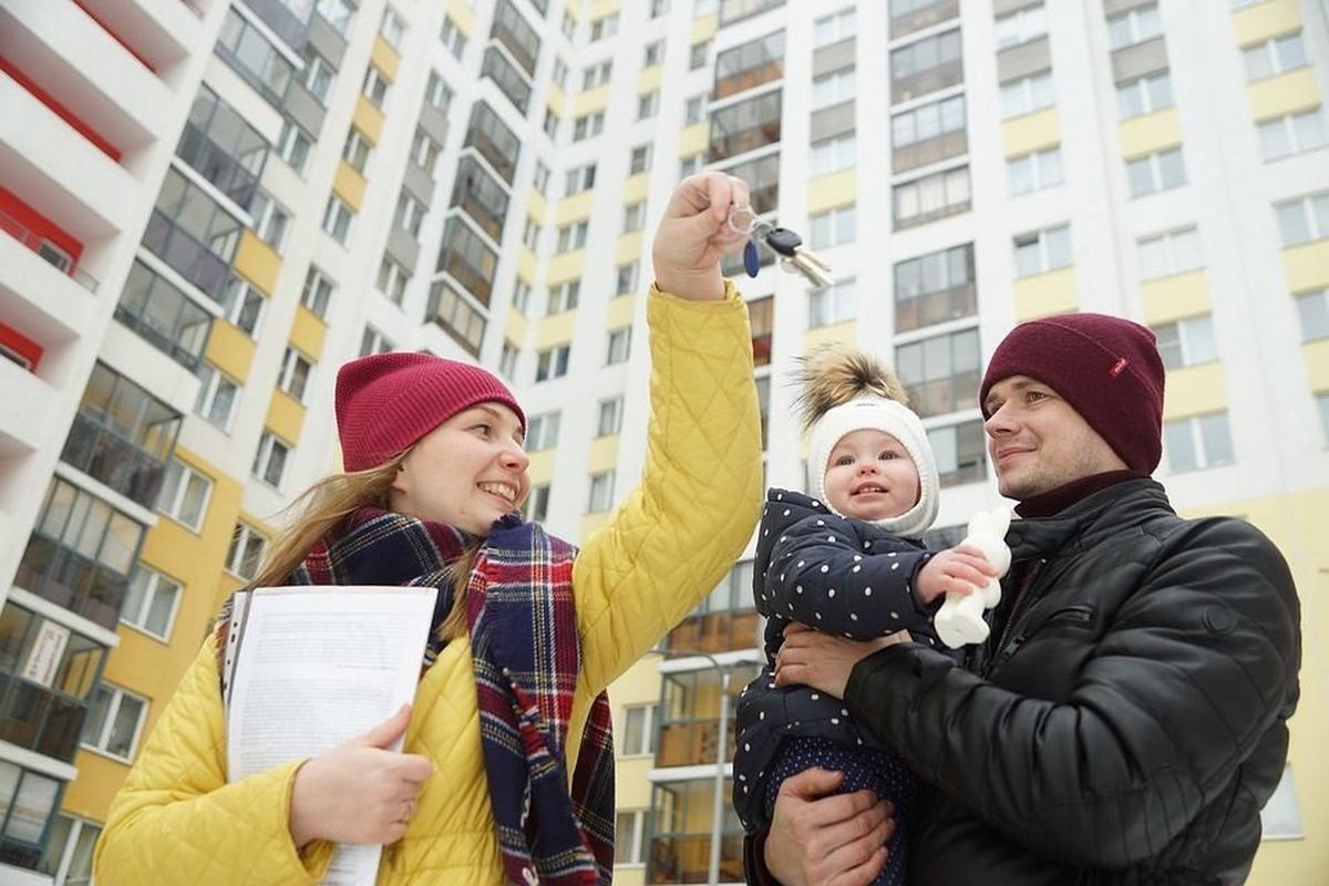 Четверть российских семей с детьми не знают о льготной ипотеке, показал опрос