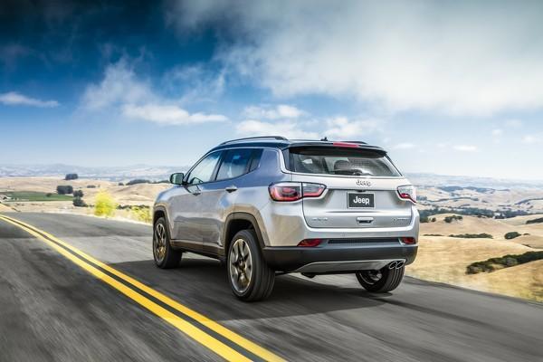 Новый кроссовер Jeep Compass поступит в продажу на российский авторынок через год