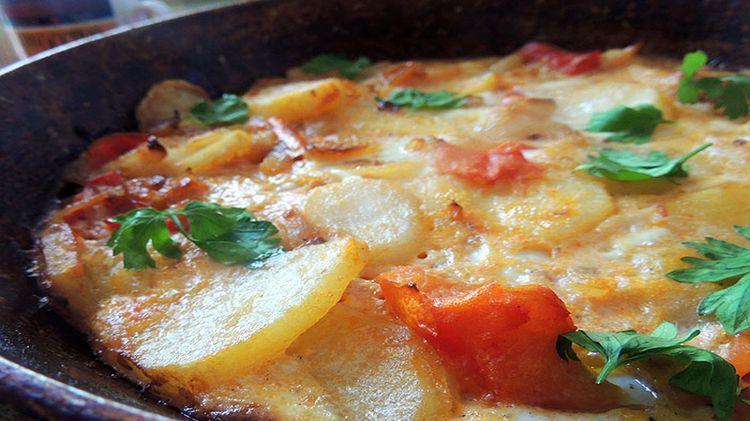 Монастырская кухня: картофель, запечённый с помидорами