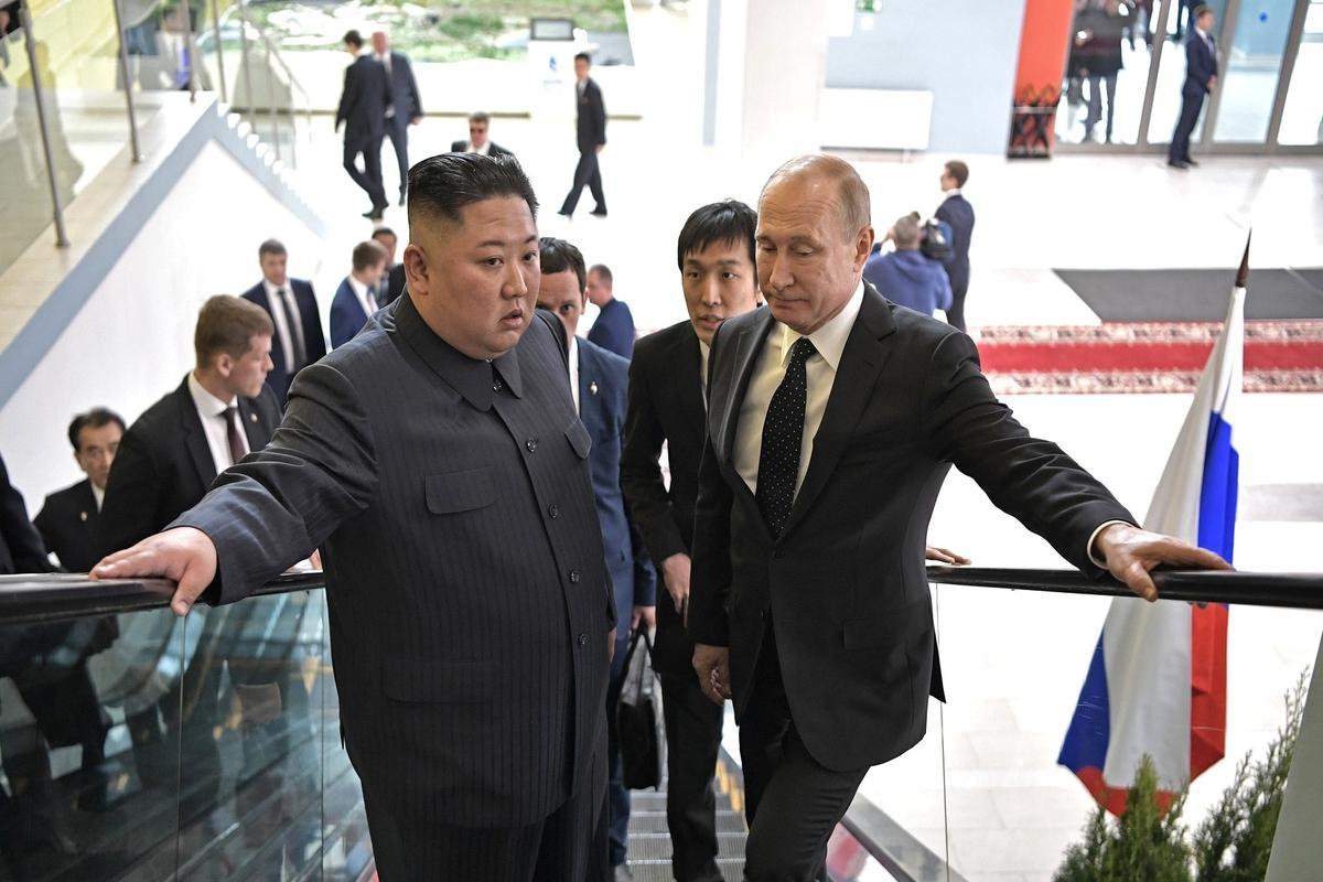 Путин и Ким Чен Ын обменялись поздравительными посланиями