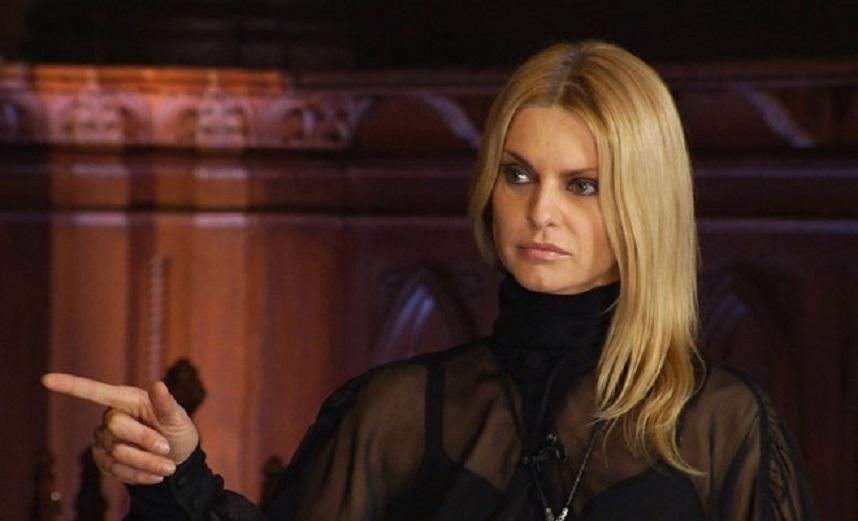 Финалистка «Битвы экстрасенсов» Татьяна Ларина раскрыла магический ритуал для привлечения денег и рассказала, что ждет знаки Зодиака в 2019 году