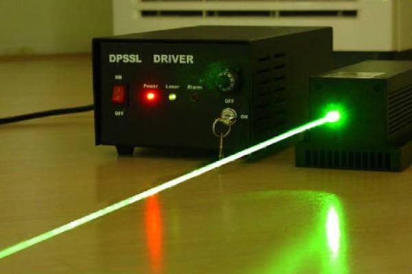 Лазерный луч с огромного расстояния зарядил мобильный телефон— ученые