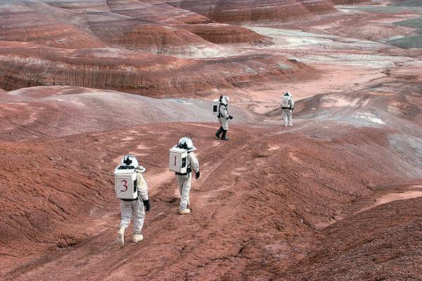 Федерация космонавтики России: люди заселят Марс «может, лет через 100»