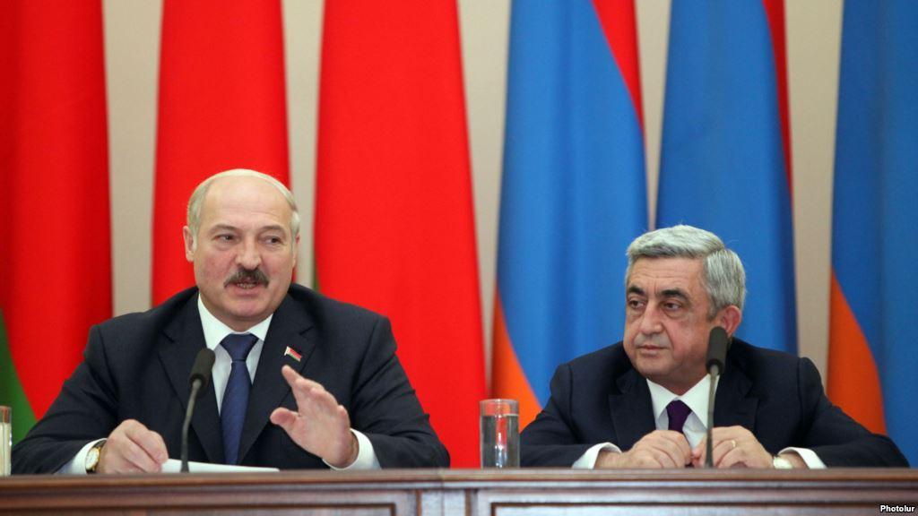 Армения запретила ввоз в республику свиней с Украины