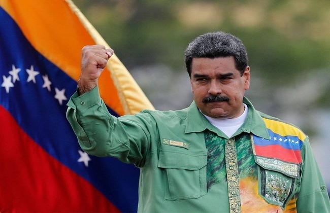 Мадуро предложил оппозиции помериться силами на досрочных парламентских выборах