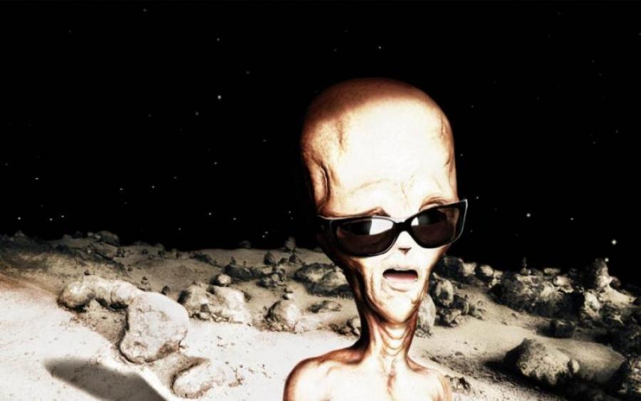 На Луне появились инопланетяне – уфолог