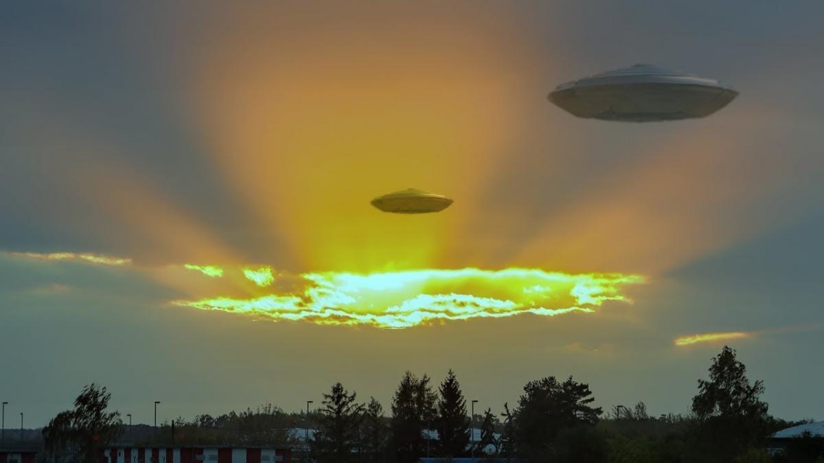 Инопланетяне потерпели крушение над Петербургом – очевидцы