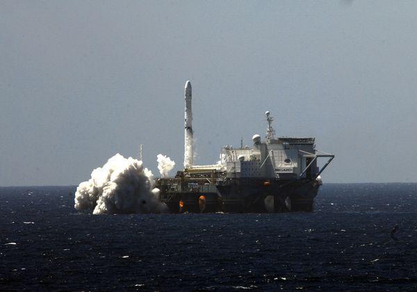 """Плавучий космодром """"Морской старт"""" планируют переместить из США на Дальний Восток"""