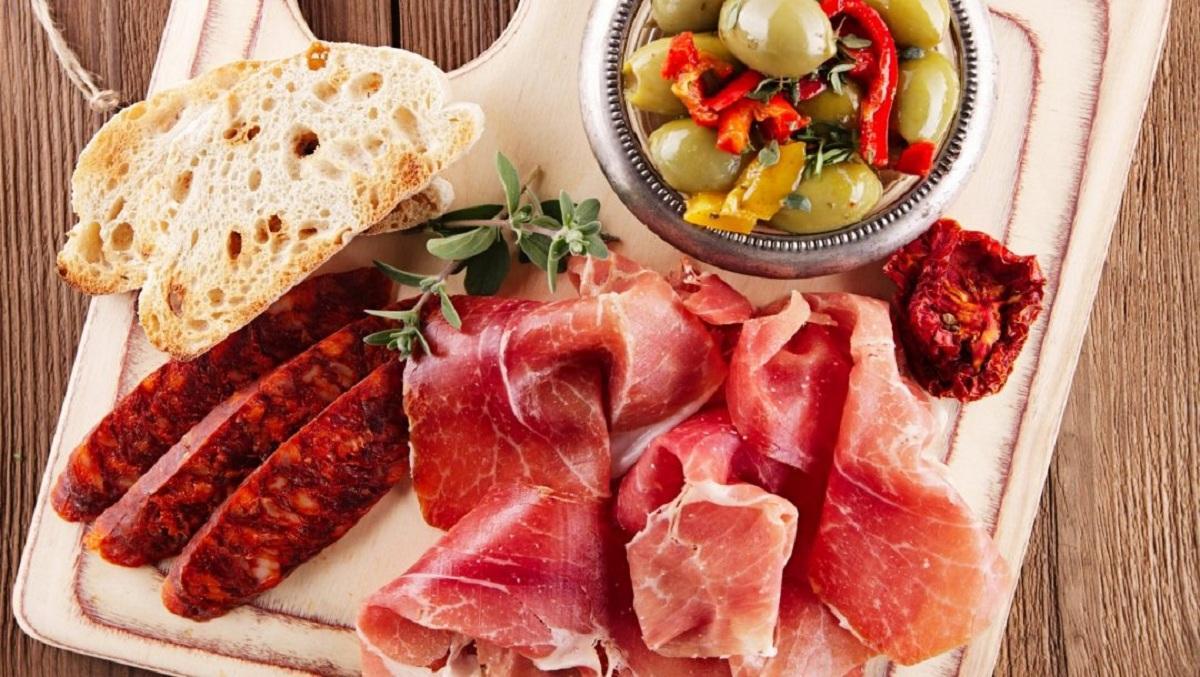 Эксперты рассказали, какие продукты питания могут негативно повлиять на здоровье