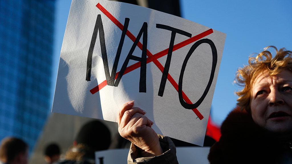 В России отреагировали на новые планы НАТО в отношении Москвы