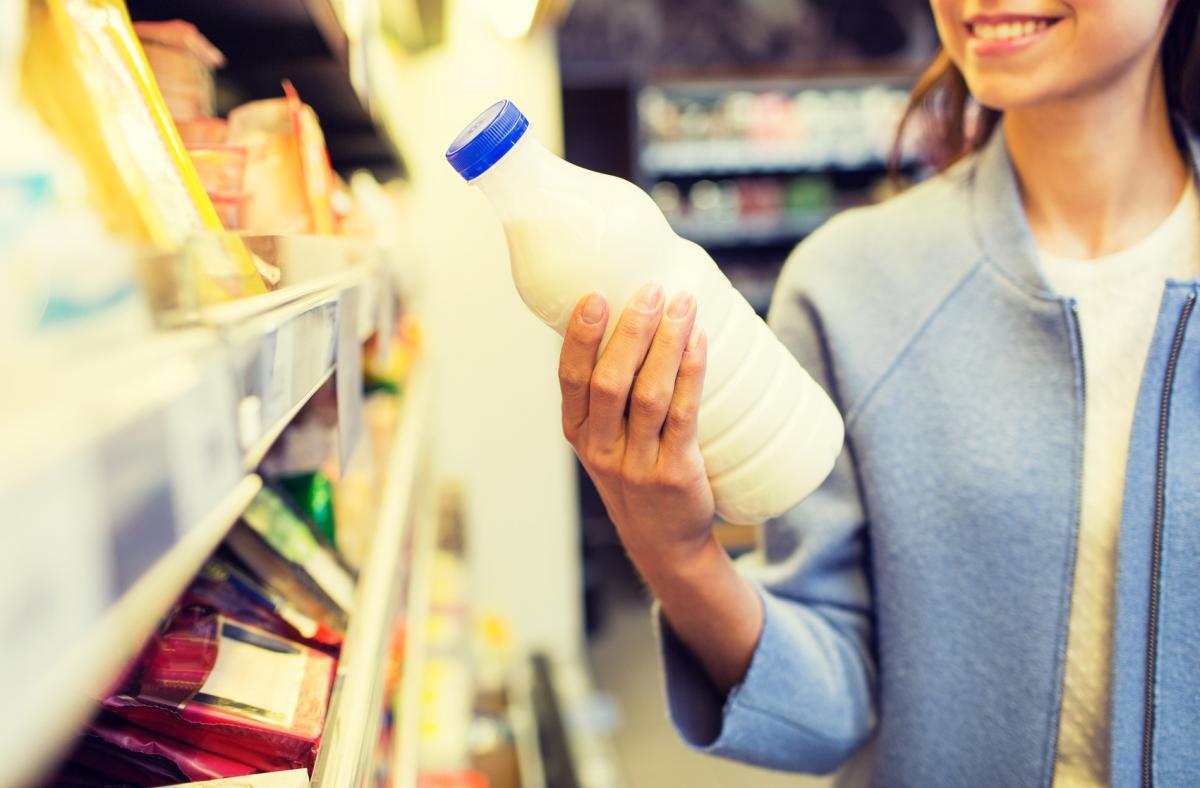 В Роспотребнадзоре рассказали, как выбрать качественное молоко