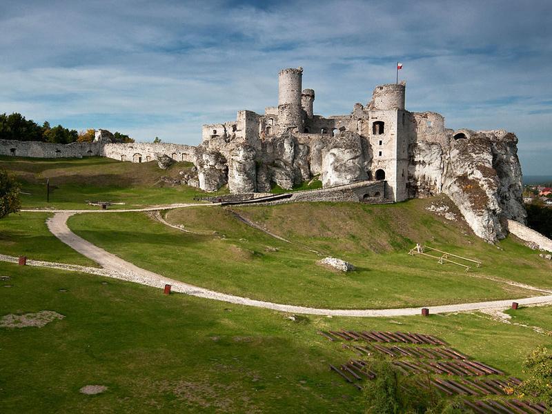 Археологи откопали замок Короля Артура